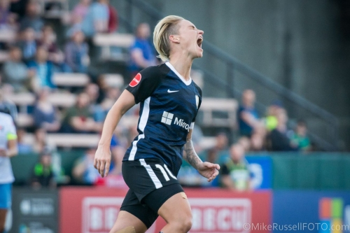 Major Link Soccer: Jess Fishlock to settle in Seattle after playing days are over