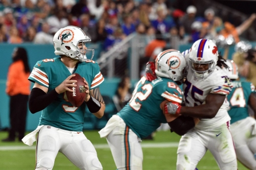 David Fales holds early lead in backup QB battle
