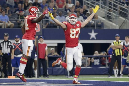 Arrowheadlines: Sports Illustrated makes its prediction for Chiefs' 2018 record