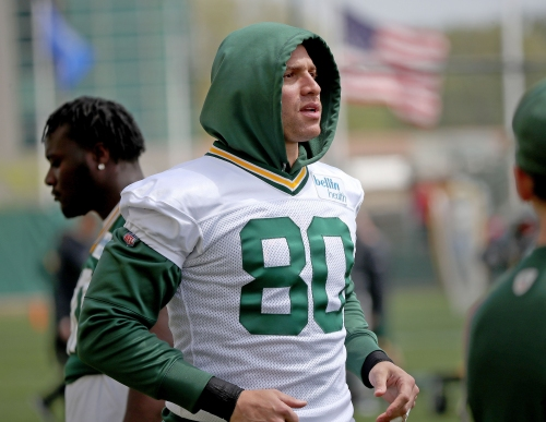 Packers TE Jimmy Graham embraces controversial treatment