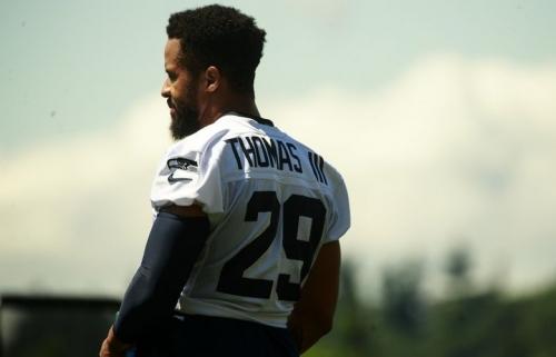 Seahawks scenarios with Earl Thomas playing this season seem unlikely