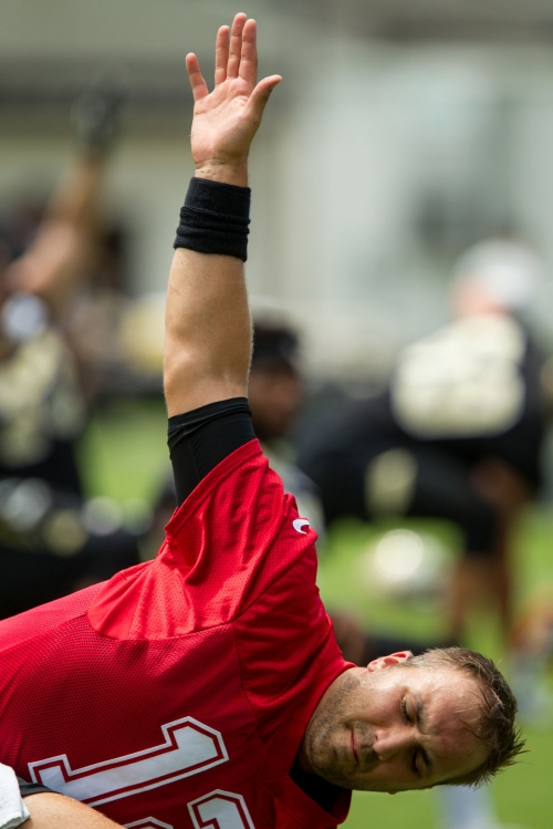 Former Texans quarterback Tom Savage trying to pick up Saints offense as quickly as possible