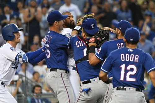 Benches clear after Dodgers' Matt Kemp takes out Rangers catcher Robinson Chirinos