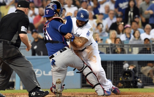 Rangers' Robinson Chirinos Took Issue With Dodgers' Matt Kemp Nudging Him, Not Collision Itself