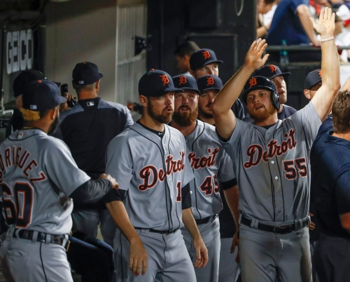 John Hicks helps Detroit Tigers stay ahead of Chicago White Sox, 4-3