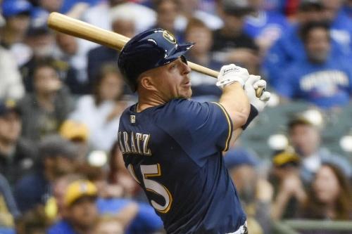 Milwaukee Brewers send Wendell Rijo to Yankees to complete Erik Kratz trade