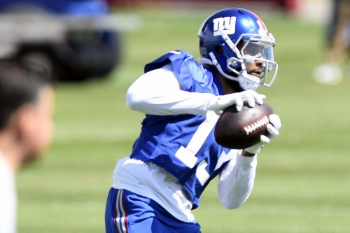 """Odell Beckham says """"no holdout"""" from Giants training camp"""
