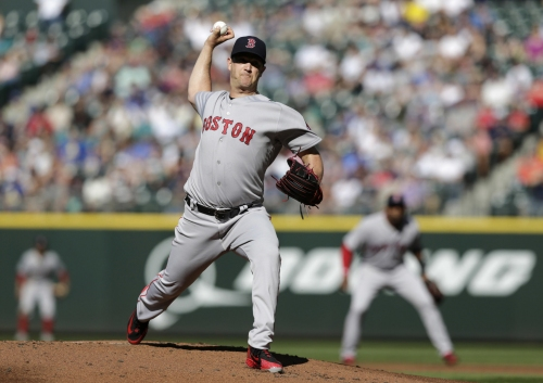Wade LeBlanc retires 22 straight Red Sox batters, Mariners beat Boston despite Steven Wright's gem