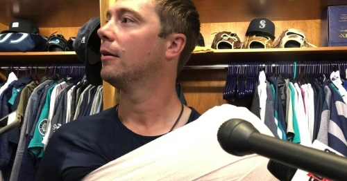 Wade LeBlanc on the Mariners' 1-0 win and his brilliant outing: 'Guys that throw 86 don't really get standing ovations very often'