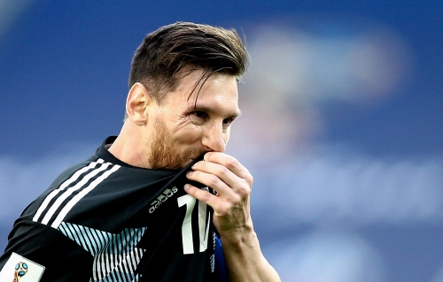 Lionel Messi needs help from turgid Argentina teammates to replicate Cristiano Ronaldo magic