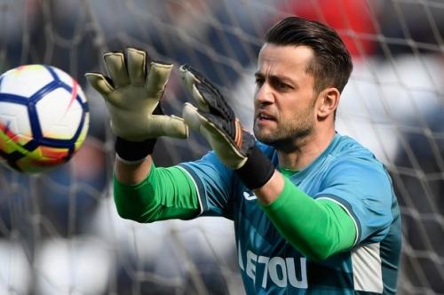 Swansea City goalkeeper Lukasz Fabianski speaks about expected West Ham move as talks continue