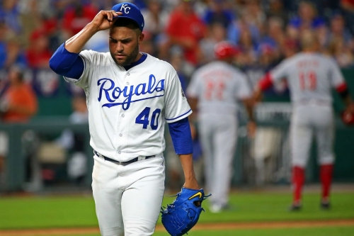 Nationals acquire Kelvin Herrera from Royals for 3 prospects: