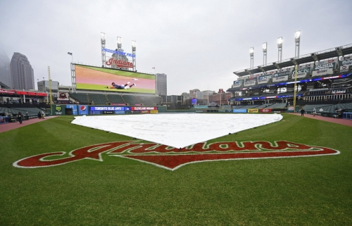 Cleveland Indians, Chicago White Sox enter rain delay during Monday's series opener