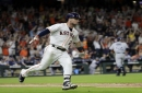 MLB roundup: Alex Bregman's double runs Astros' winning streak to 12