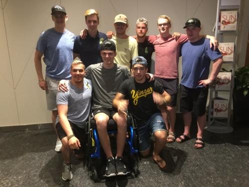 Humboldt Broncos survivors reunite in Vegas for NHL awards