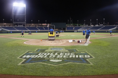 Detroit Tigers, Royals to play at College World Series site in 2019