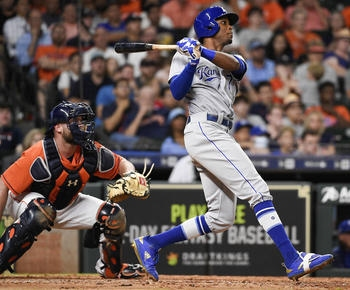 Herrera robs HR, triples in run as Royals beat Astros 1-0