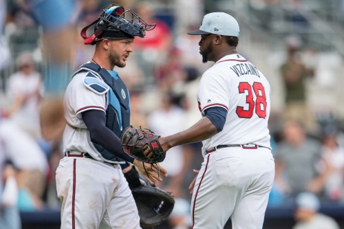 Braves News: Atlanta snaps skid, Vizcaino to the DL and more