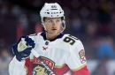 Florida Panthers Re-Sign Jared McCann