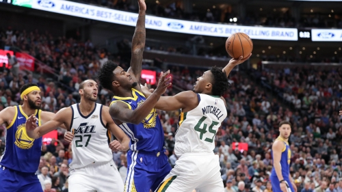 Video: Jordan Bell blocks dunk, asks Donovan Mitchell's girlfriend to call him on sideline
