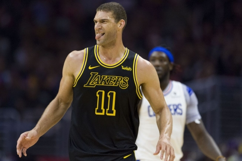 Report: Milwaukee Bucks Sign Brook Lopez to One-Year Deal