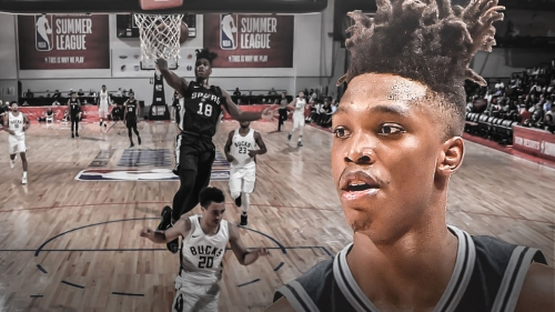 Lonnie Walker leaves game with ankle injury