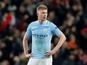 Kevin De Bruyne defends Manchester City teammate Raheem Sterling