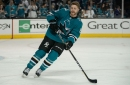 Sharks re-sign Chris Tierney