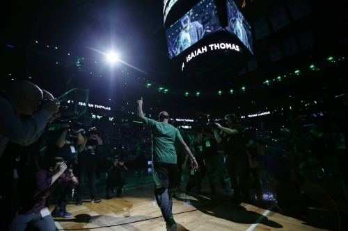 Isaiah Thomas on DeMar DeRozan's trade from Toronto Raptors: 'Just learn from my story!'