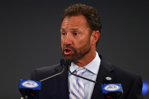 Thursday Quickies: Larry Fedora is Insane Edition
