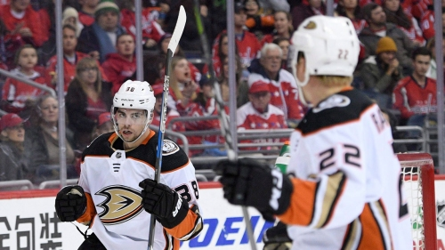 Penguins sign forward Derek Grant to one-year contract