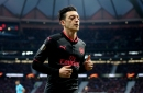 Mesut Ozil decides to return to Arsenal early after talking to team-mates