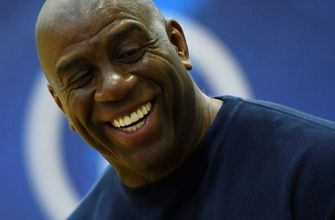 Shannon Sharpe loves what Magic had to say about the Warriors on 'Jimmy Kimmel Live!'