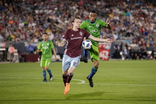 Tactics and Trends: Roldan and Delem smother opponents' attack