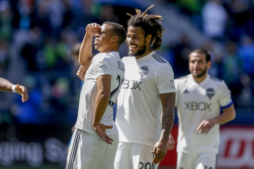 Roman Torres welcomes increased competition for starts