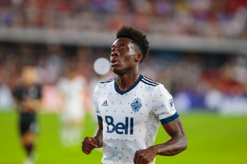 It is Official: Davies to Bayern Munich for MLS Transfer Record