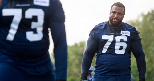Seahawks, left Duane Brown agree to three-year contract extension