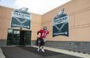 Eagles: Carson Wentz sigue excluido de prácticas
