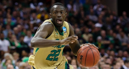 Jerian Grant inspired by LeBron James, gives away school supplies