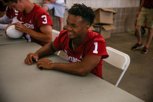 Oklahoma football: Lincoln Riley indicates Kyler Murray could stay another year