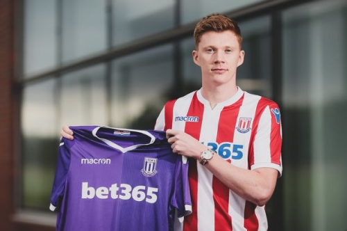 Sam Clucas reveals Gary Rowett tried to sign him for Derby County - and why he wanted to join Stoke City