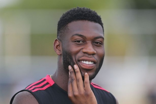 Timoth Fosu-Mensah joins Fulham on loan from Manchester United