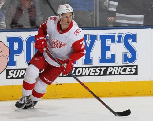 Detroit Red Wings Re-Sign Dylan Larkin