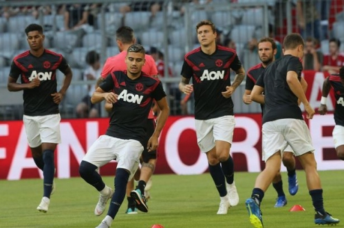 Manchester United vs Leicester LIVE score and goal updates from Premier League fixture
