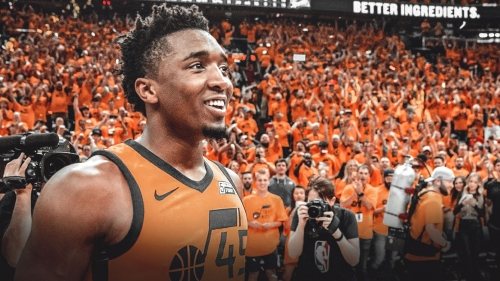 Jazz's Donovan Mitchell gets clowned for awful card shuffling skills