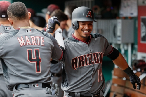 Diamondbacks 3B Eduardo Escobar's comfort level growing with new team