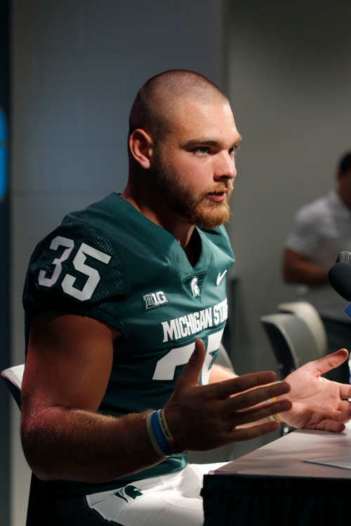Michigan State's Brian Lewerke frustrated with offense in scrimmage
