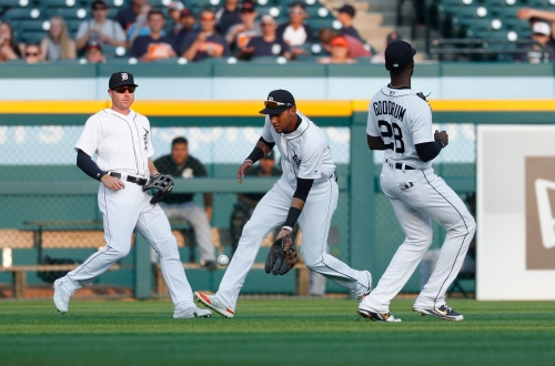 Detroit Tigers' ugly first inning highlights inexperience on defense