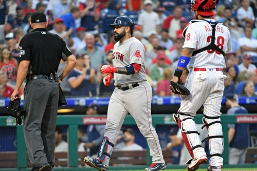 Red Sox 2, Phillies 1: