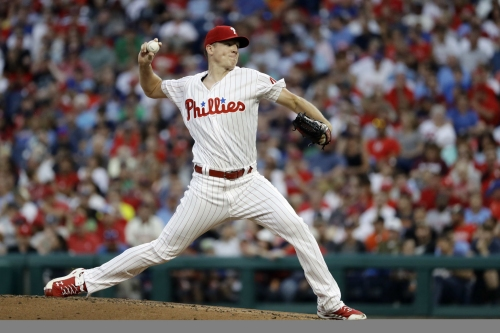 Rhys Hoskins hits HR but the Phillies slump continues